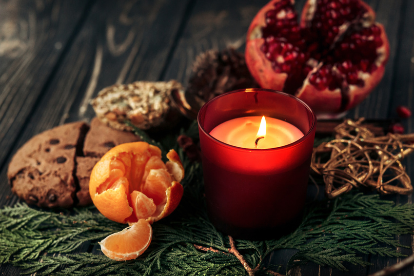 frankincense candle at christmas