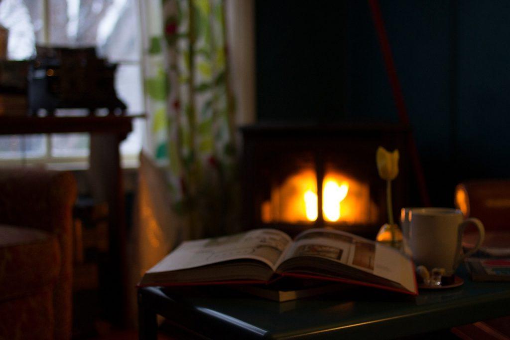 Feu de Bois candle perfect for autumn